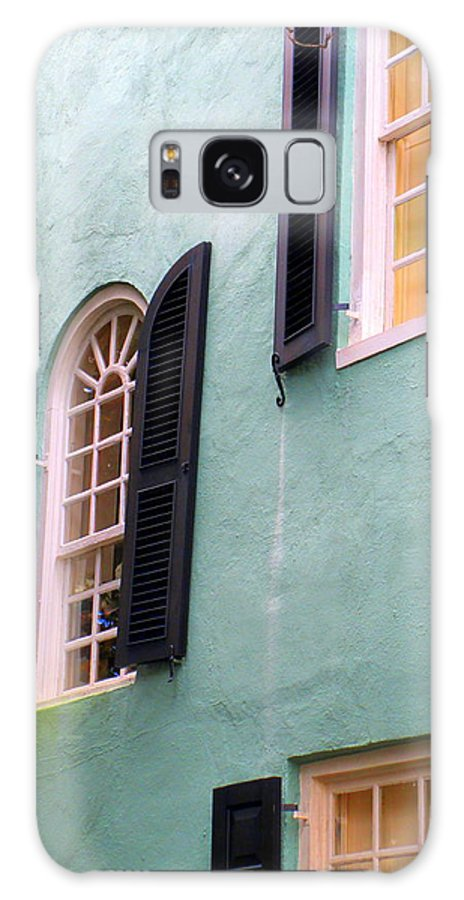 Rainbow Row Charleston Galaxy S8 Case featuring the photograph Windows In Charleston by Randall Weidner