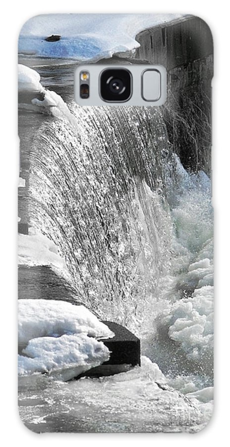 Waterfall Galaxy S8 Case featuring the photograph Winter Thaw by Ellen Cotton
