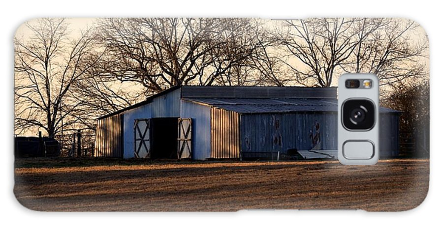 Winter's Cow Barn Galaxy S8 Case featuring the photograph Winter's Cow Barn by Maria Urso