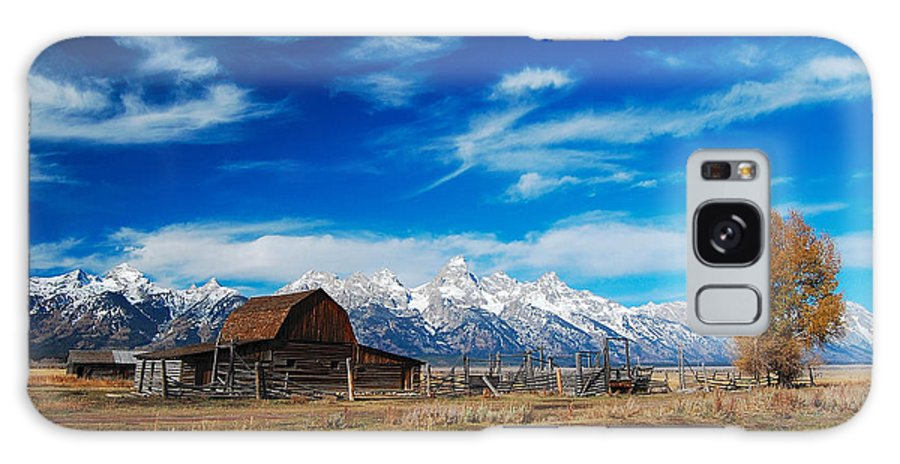 Wyoming Galaxy S8 Case featuring the photograph Wispy Wyoming by Jim Southwell