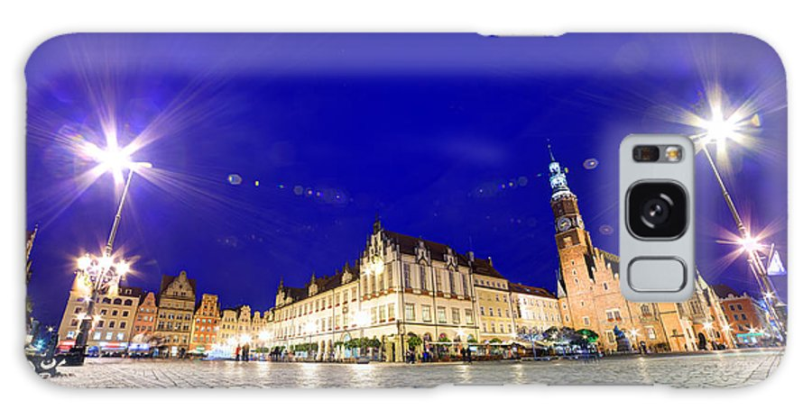 Wroclaw Galaxy S8 Case featuring the photograph Wroclaw Poland Historical Market Square And The Town Hall by Michal Bednarek