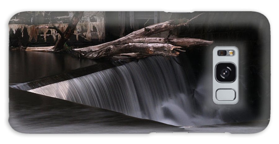Blackstone River Galaxy S8 Case featuring the photograph On The Edge by Barry Doherty