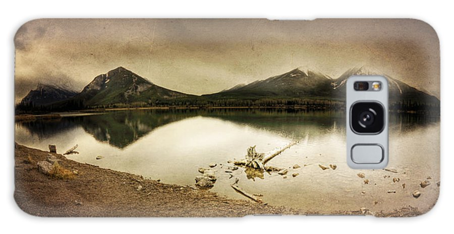Mountains Galaxy S8 Case featuring the digital art Sunrise Reflection by Diane Dugas