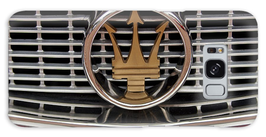 1960 Maserati 3500 Gt Coupe Galaxy S8 Case featuring the photograph 1960 Maserati 3500 Gt Coupe Emblem by Jill Reger