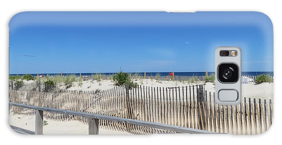 Beach Galaxy S8 Case featuring the photograph Beaches by Art Dingo