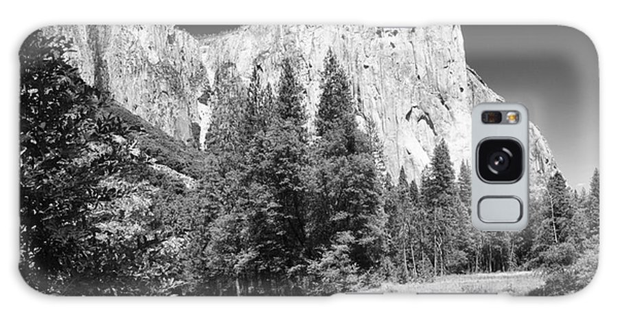 Black&white Galaxy S8 Case featuring the photograph El Capitan And Merced River by Sandra Bronstein