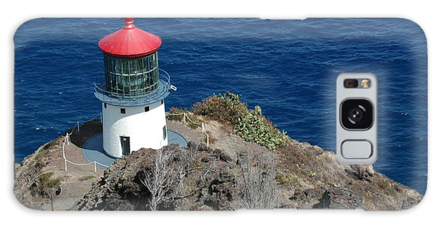 Lighthouse Galaxy S8 Case featuring the photograph Makapu'u Lighthouse by Kathy Schumann