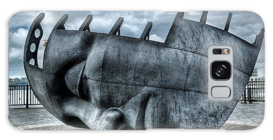 Maritime Memorial Galaxy S8 Case featuring the photograph Maritime Memorial Cardiff Bay by Steve Purnell