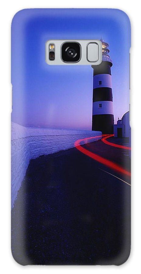 Architecture Galaxy S8 Case featuring the photograph Old Head Of Kinsale, Kinsale, County by Richard Cummins