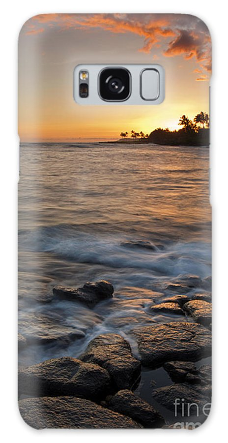 Seascape Galaxy S8 Case featuring the photograph Paradise Sunset by Mike Dawson