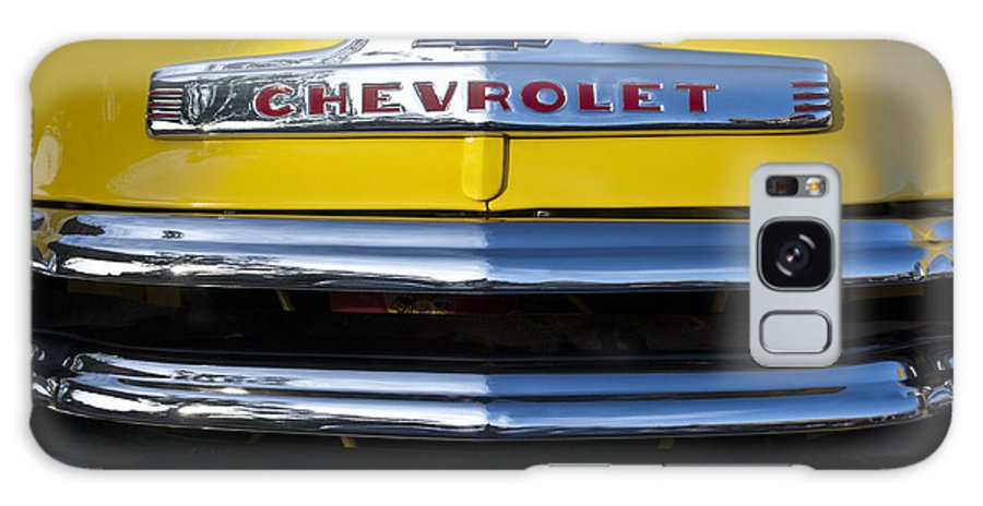 1952 Chevrolet Galaxy S8 Case featuring the photograph 1952 Chevrolet Grille Emblem by Jill Reger