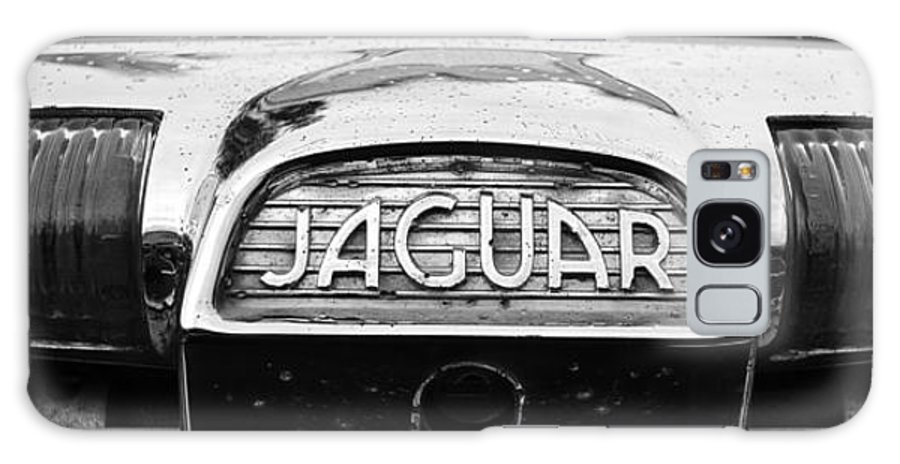 1963 Jaguar Mkii Galaxy S8 Case featuring the photograph 1963 Jaguar Back Up Light by Paul Ward