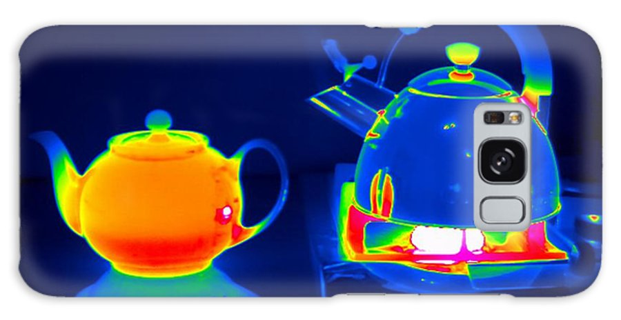 Kettle Galaxy S8 Case featuring the photograph Kettle And Teapot, Thermogram by Tony Mcconnell