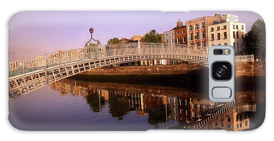 Architectural Exterior Galaxy S8 Case featuring the photograph Hapenny Bridge, River Liffey, Dublin by The Irish Image Collection