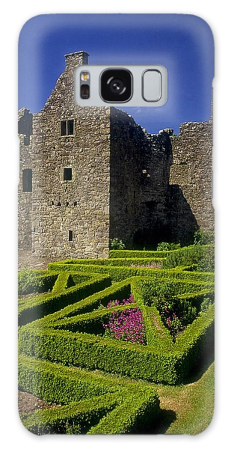 17th Century Galaxy S8 Case featuring the photograph A Garden In Front Of Tully Castle Near by The Irish Image Collection
