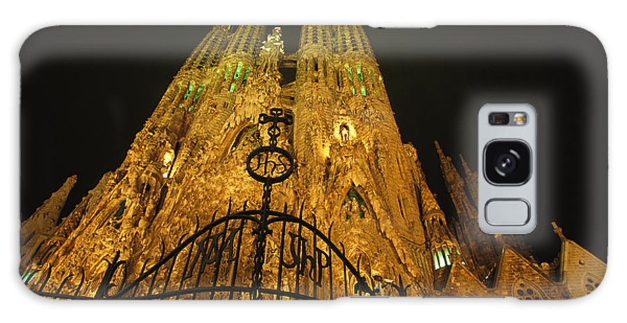 Europe Galaxy S8 Case featuring the photograph A Night View Of Gaudis Temple Expiatori by Michael Melford
