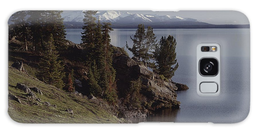 North America Galaxy S8 Case featuring the photograph A Scenic View Of Yellowstone Lake by Tom Murphy