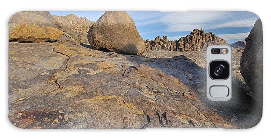 Alabama Galaxy S8 Case featuring the photograph Alabama Hills by Dean Pennala