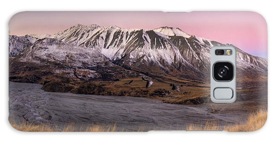 00486234 Galaxy S8 Case featuring the photograph Alpenglow Over The Clyde River by Colin Monteath