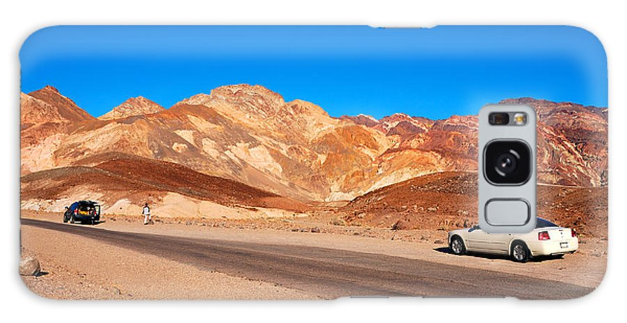Death-valley Galaxy S8 Case featuring the photograph Artists Palette In Death Valley California by Anne Kitzman