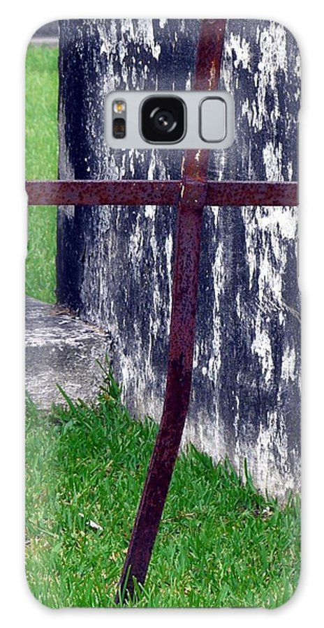 St. John's Cathedral Cemetery Galaxy S8 Case featuring the photograph At The Old Rusty Cross by Rdr Creative
