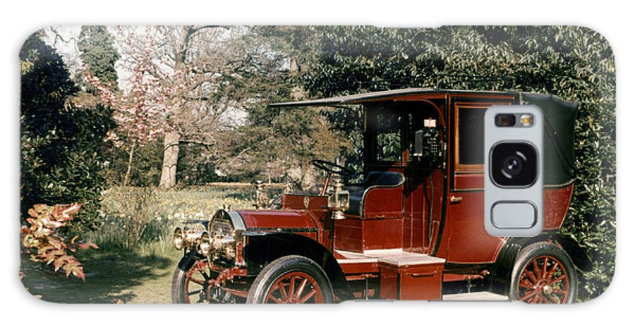 1908 Galaxy S8 Case featuring the photograph Auto: French Taxi, 1908 by Granger