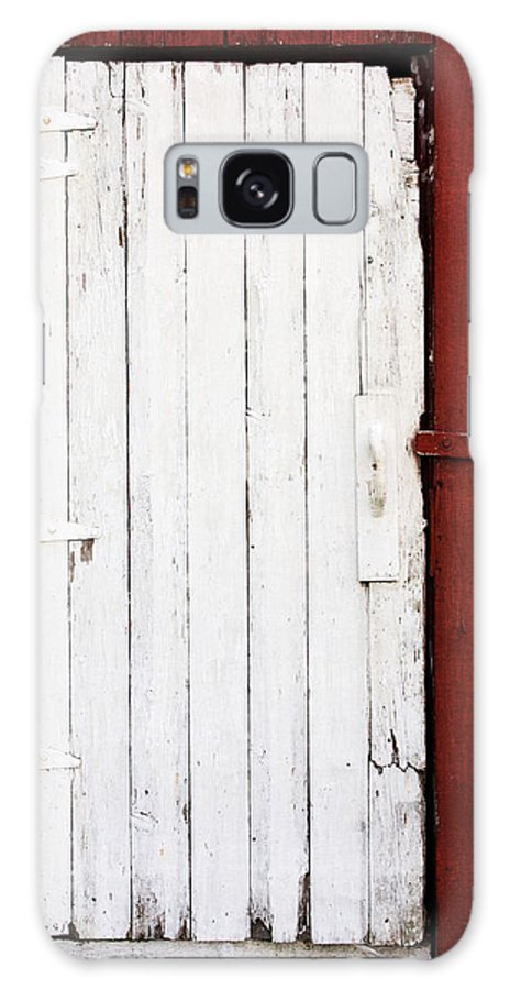 Barn Galaxy S8 Case featuring the photograph Barn Door by Jarrod Erbe
