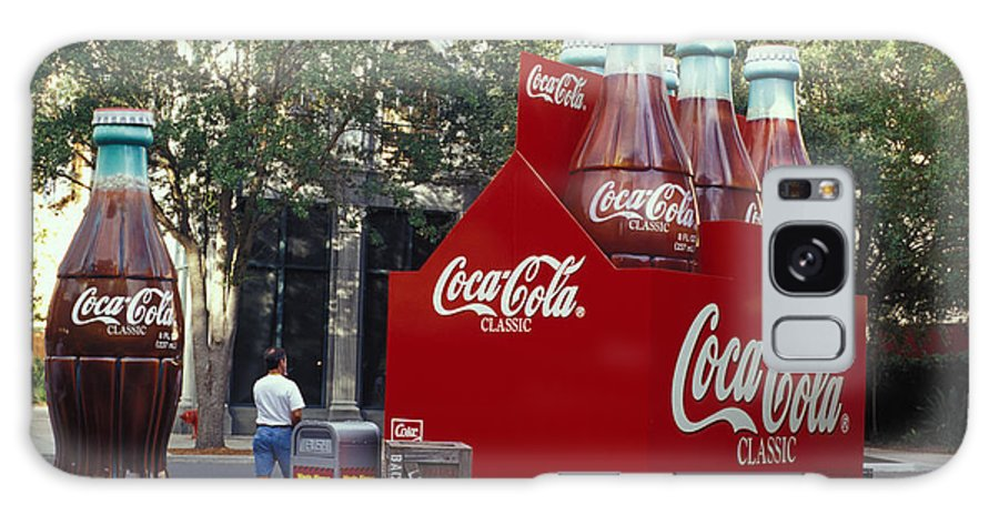 Big Cokes Galaxy S8 Case featuring the photograph Big Cokes At Disney's Hollywood Studios by Carl Purcell