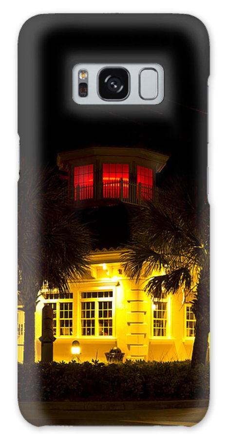 Bradenton Fl Florida Lighthouse Light House Red Color Beach Palm Tree Trees Street Corner Architecture Galaxy S8 Case featuring the photograph Bradenton Lighthouse Red by Nicholas Evans