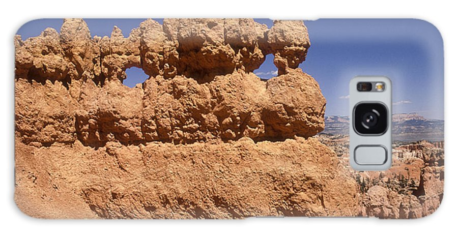 Bryce Canyon Galaxy S8 Case featuring the photograph Bryce Canyon - Mask Formation by Sandra Bronstein
