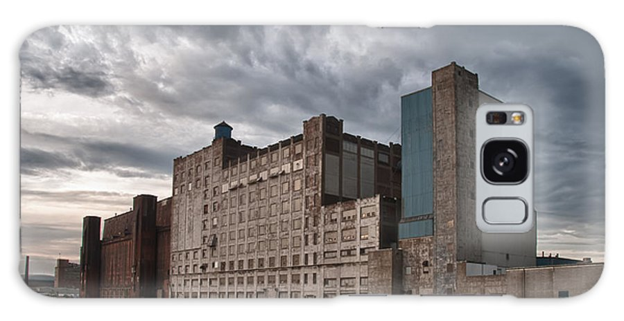 Buffalo Galaxy S8 Case featuring the photograph Buffalo Mills - The Backside by Guy Whiteley