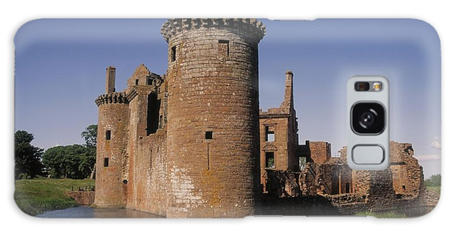 Blue Sky Galaxy S8 Case featuring the photograph Caerlaverock Castle, Dumfries, Scotland by The Irish Image Collection