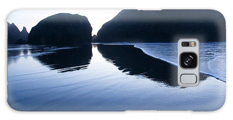 Pacific Ocean Galaxy S8 Case featuring the photograph Cape Sebastian by Bob Christopher