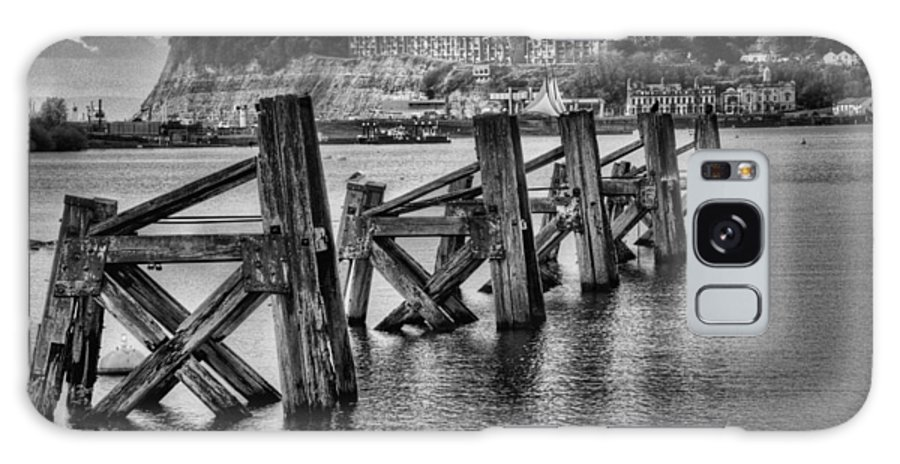 Cardiff Bay Jetty Galaxy S8 Case featuring the photograph Cardiff Bay Old Jetty Supports Mono by Steve Purnell