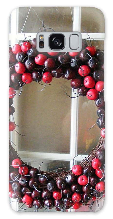 Christmas Art Galaxy S8 Case featuring the photograph Christmas Cherry Wreath by Barbara Griffin