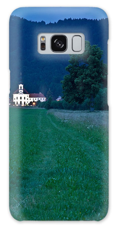 Cerklje Galaxy S8 Case featuring the photograph Church Of The Annunciation At Dusk by Ian Middleton