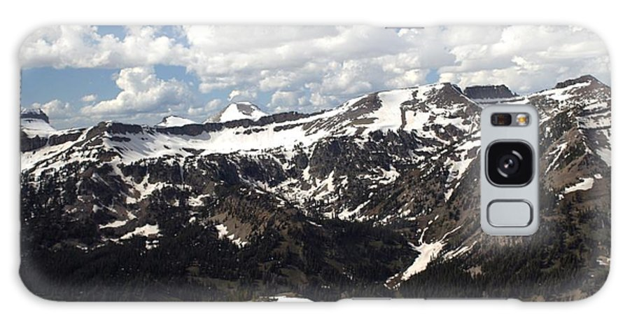 Rendezvous Mountain Galaxy S8 Case featuring the photograph Clear Day On Rendezvous Mountain by Living Color Photography Lorraine Lynch