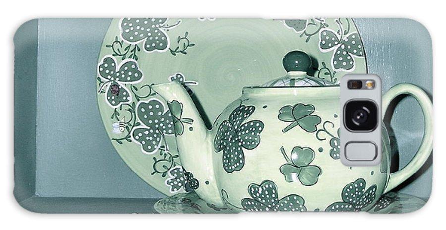 Clover Tea Pot Galaxy S8 Case featuring the photograph Clover Tea by Nancy Patterson