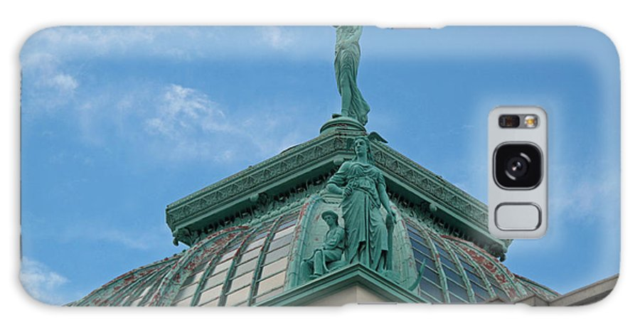 Statue Galaxy S8 Case featuring the photograph Columbia Atop Memorial Hall by Barbara McDevitt