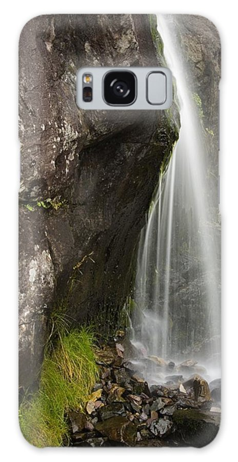 Brook Galaxy S8 Case featuring the photograph Connor Pass, Dingle Peninsula, County by Richard Cummins
