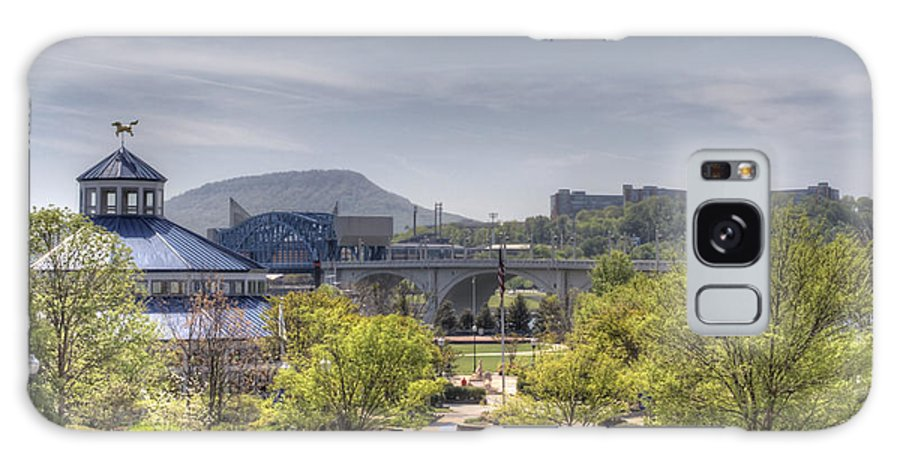 Chattanooga Galaxy S8 Case featuring the photograph Coolidge Park by David Troxel