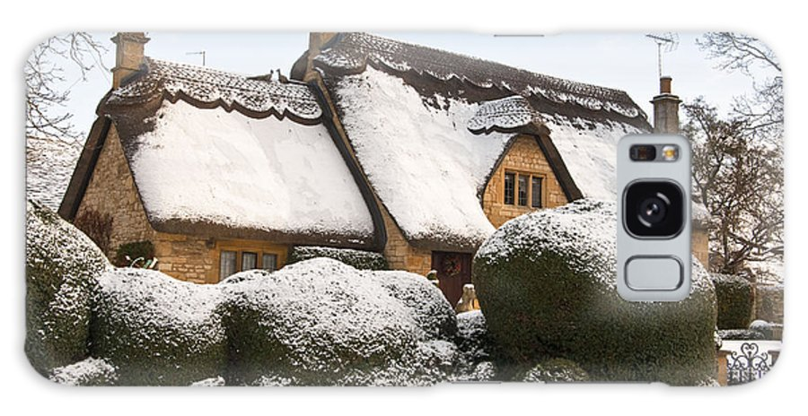 2010 Galaxy S8 Case featuring the photograph Cotswolds Cottage by Andrew Michael