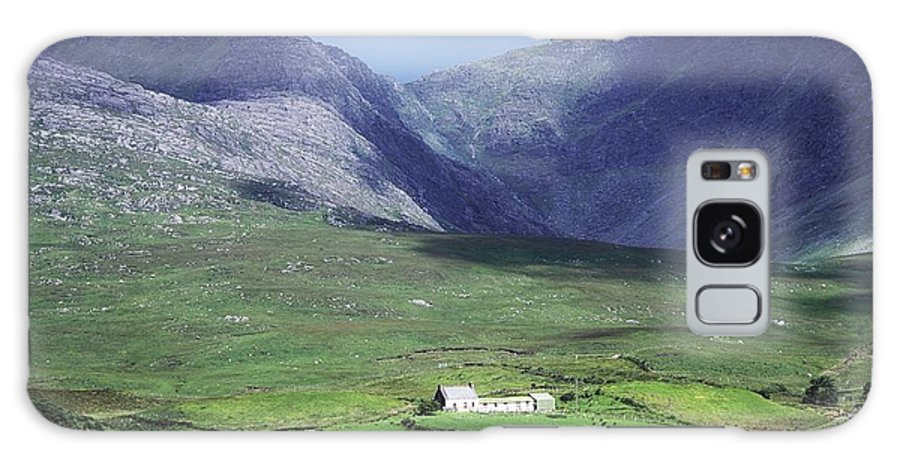 County Kerry Galaxy S8 Case featuring the photograph County Kerry, Ireland by The Irish Image Collection