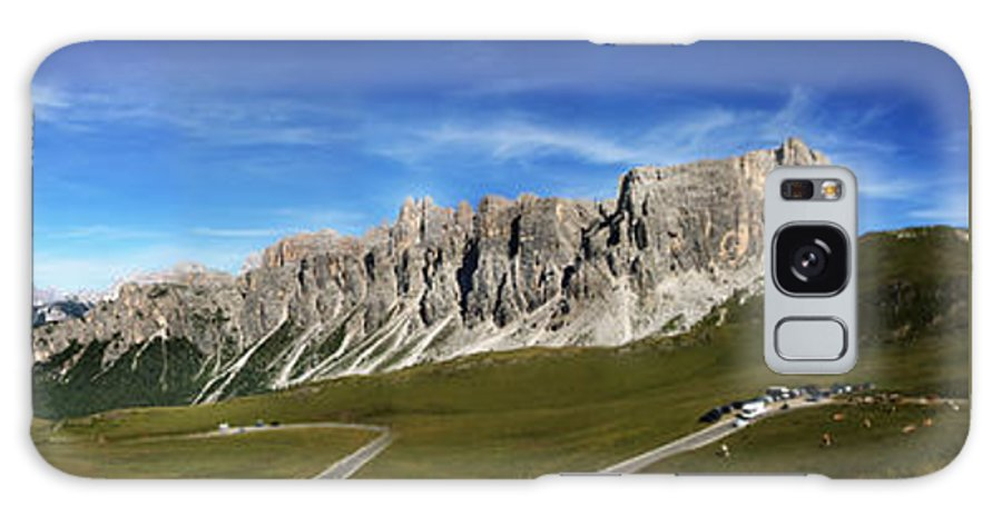 Panoramic Galaxy S8 Case featuring the photograph Dolomiti's Panoramic by Celiane Osimo