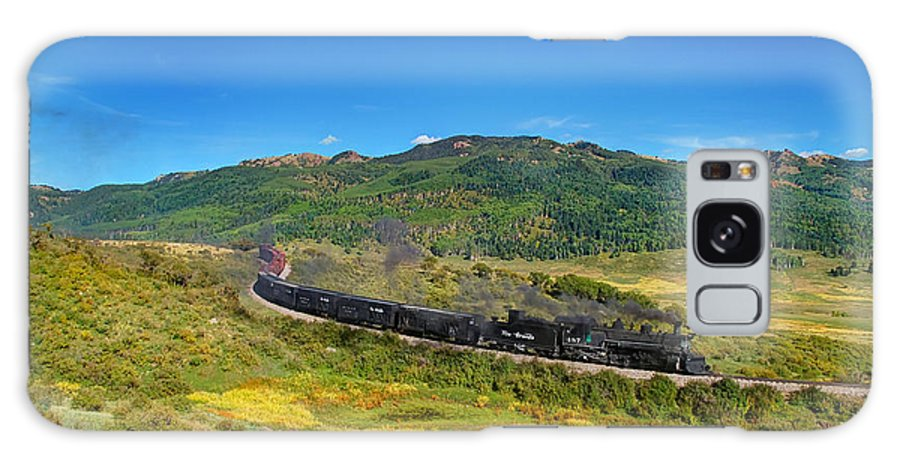 Steam Train Photographs Galaxy S8 Case featuring the photograph Down In The Valley by Ken Smith
