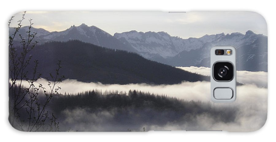 Fog Galaxy S8 Case featuring the photograph Early Morning Fog by Catherine Helmick