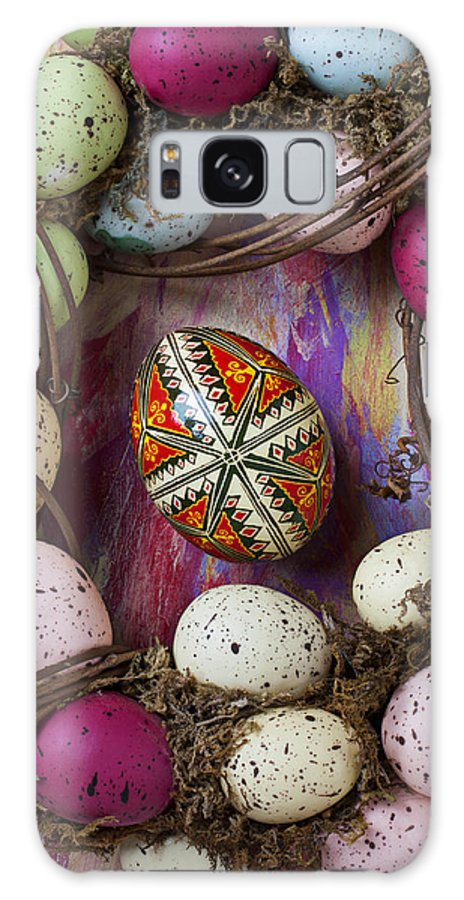 Easter Galaxy S8 Case featuring the photograph Easter Egg With Wreath by Garry Gay