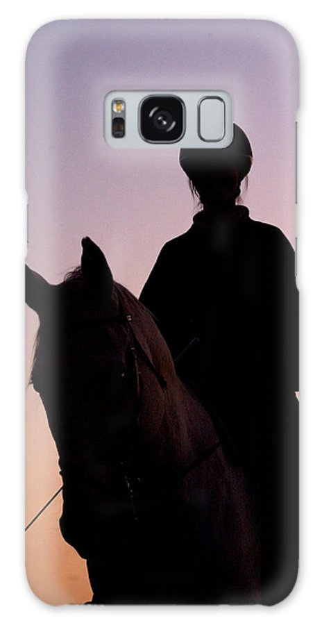 Horse Galaxy S8 Case featuring the photograph Evening Harmony by Tracey Beer
