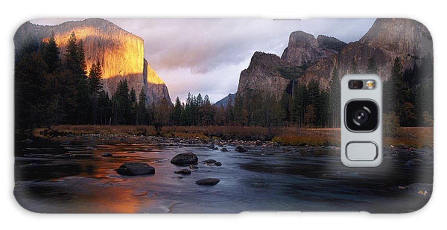 el Capitan Galaxy S8 Case featuring the photograph Evening Sun Lights Up El Capitan by Phil Schermeister
