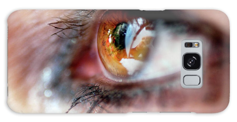 Clay Galaxy S8 Case featuring the photograph Eye Don't Know by Clayton Bruster